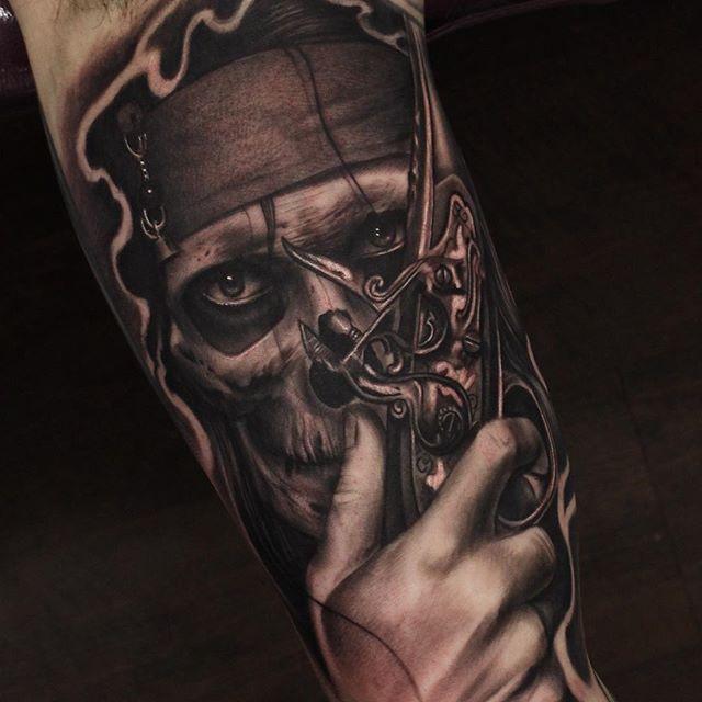 Pirate Skull Tattoos In 2020 Pirate Tattoo Pirate Tattoo Sleeve Pirate Skull Tattoos