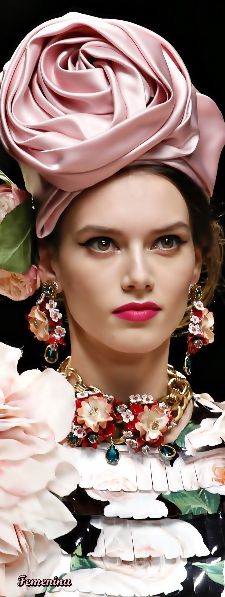 834a01a7281 Dolce   Gabbana Spring Summer 2019  jewelry