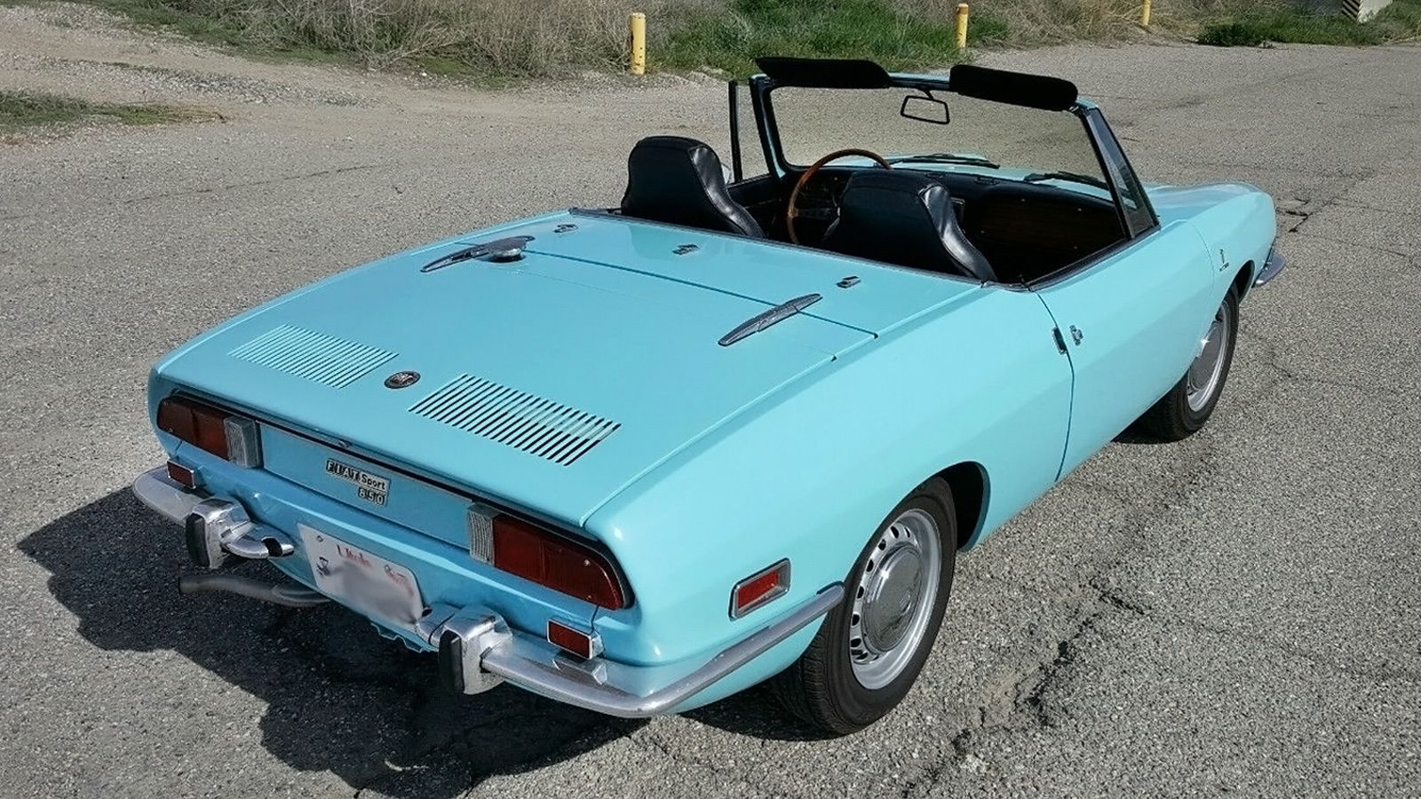 Short And Sporty 1971 Fiat 850 Sport Spider Avec Images
