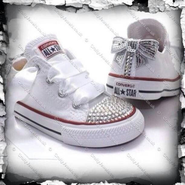 Baby girl jeweled Converse Chucks  69325accc