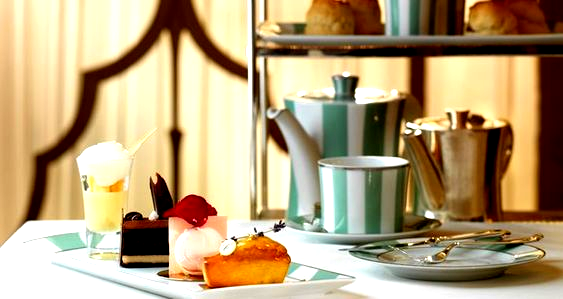 Klassischer Nachmittagstee bei Claridges in London. Diese Desserts sehen köstlich aus!, Klassischer Nachmittagstee bei Claridges in London. Diese Desserts sehen köstlich aus! desserts for a crowd | desserts for a crowd church | desserts for a crowd potlucks | desserts for a crowd sheet pan | desserts for a crowd easy | Desserts for a crowd | Desserts for a Crowd | desserts for a crowd | ,#claridges #desserts #diese #klassischer #london #nachmittagstee #sehen
