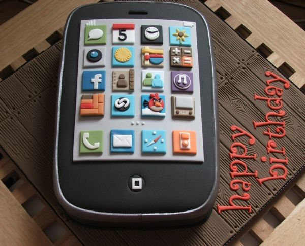 iPhone birthday cake Cakes Pinterest Birthday cakes Cake and