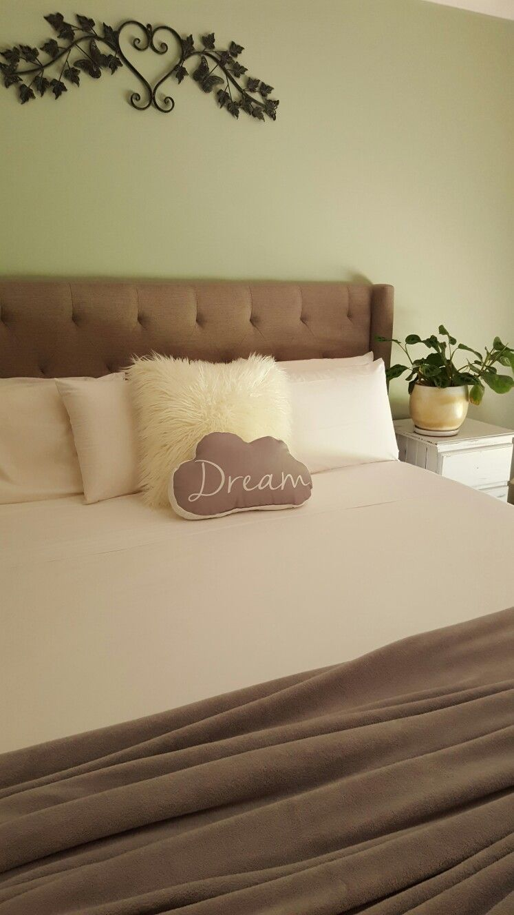love sleep dream repeat sheets down under making the bed is now