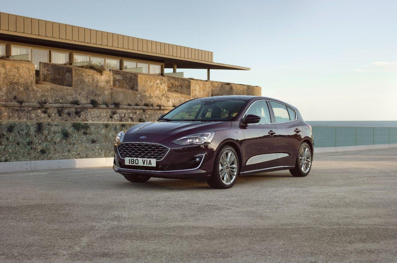Novo Ford Focus Estreia Com Direcao Semi Autonoma Ford Carro Mais Vendido