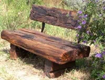 Israeli railway sleeper furnit Garden Tables Pinterest - como hacer bancas de madera para jardin