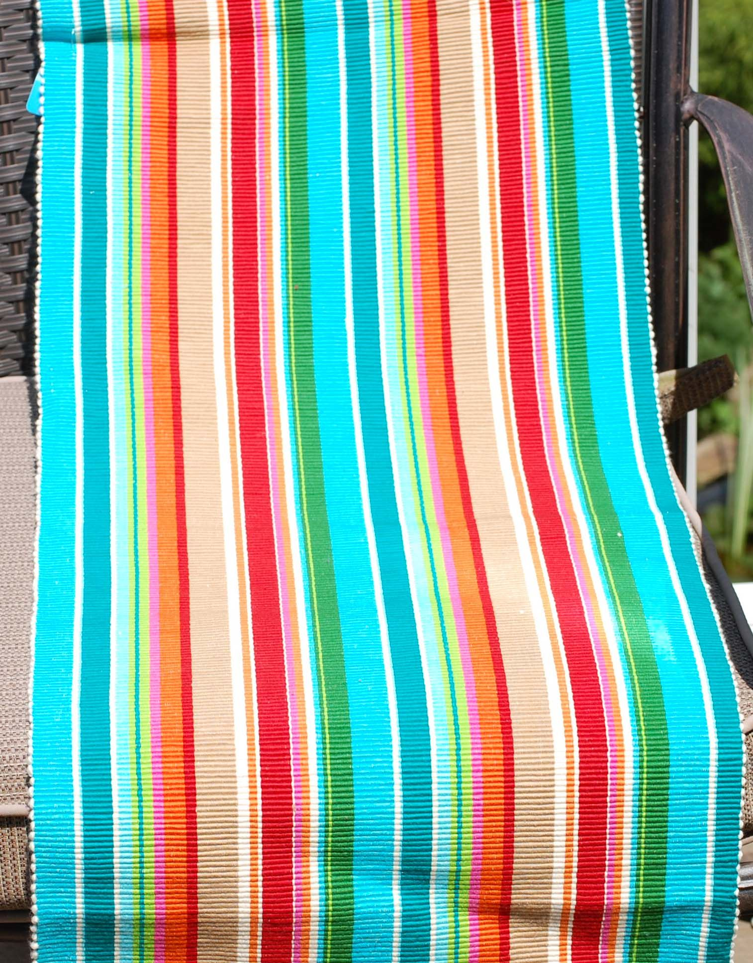 Superbe A Colorful Striped Table Runner