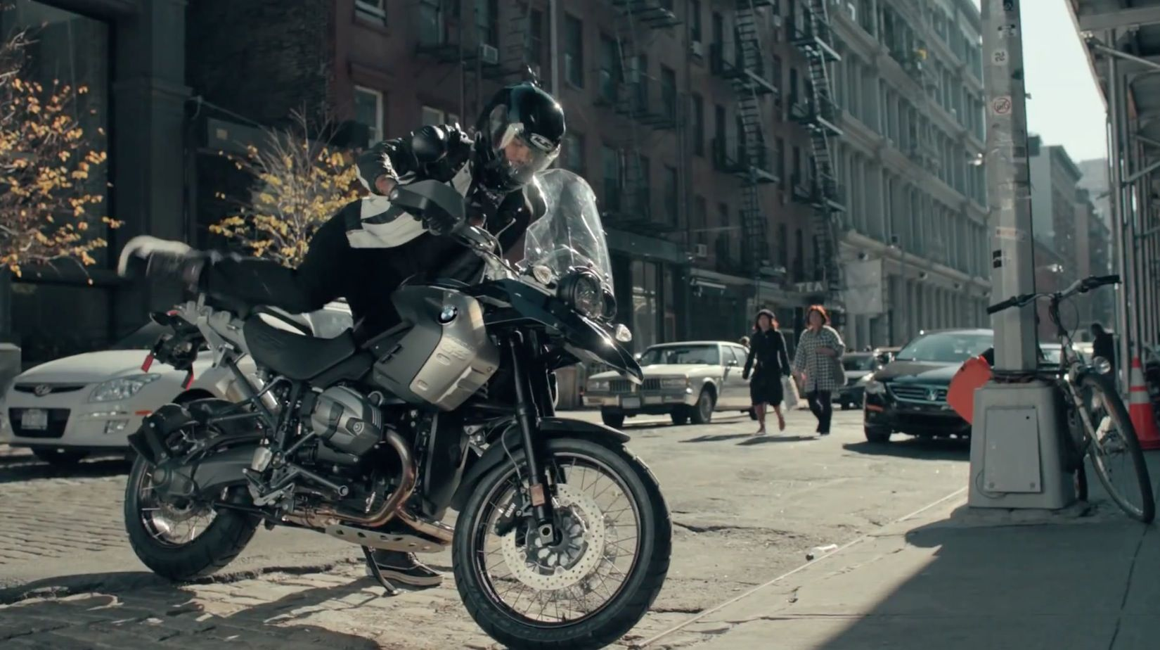 Bmw motorcycle rode by travie mccoy in ass back home by gym class heroes 2011