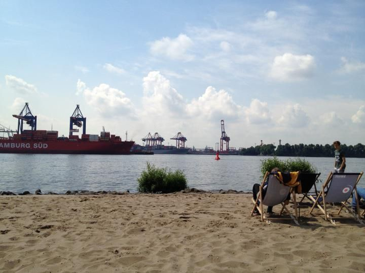 @ Hamburg  #elbe #elbstrand #strandperle
