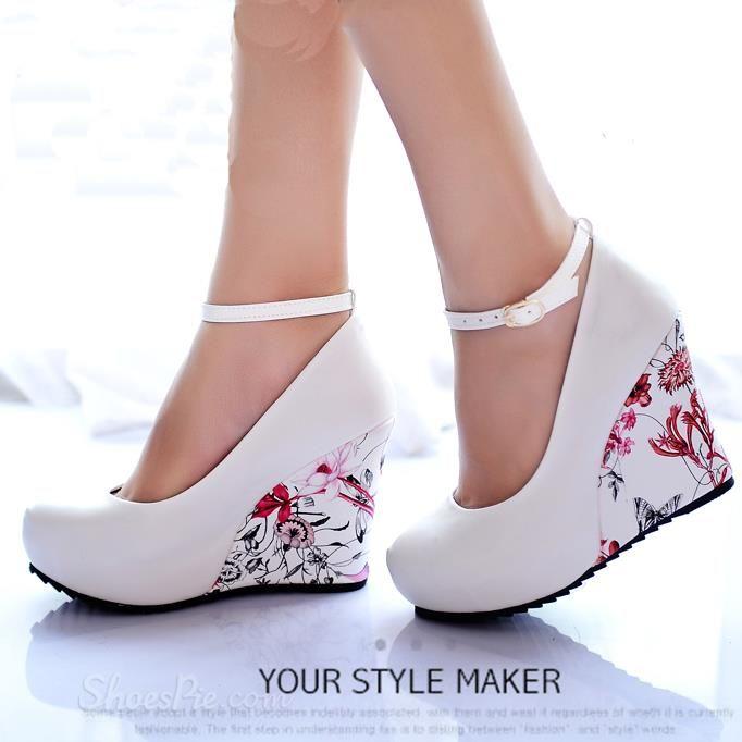 da69bb4889f5 love Sweet Korean Flower Print Ankle Wrap Wedge Heels
