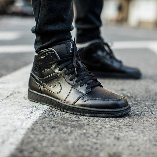 Buty Air Jordan 1 Mid Black 554724 021 Kicks Shoes Air Jordans Air Jordan Shoes
