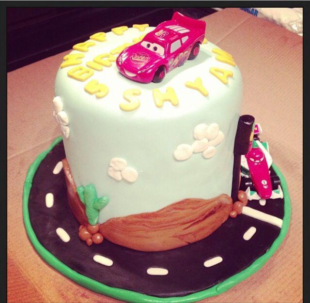 Cars themed Birthday Cake Lightning McQueen birthday cake