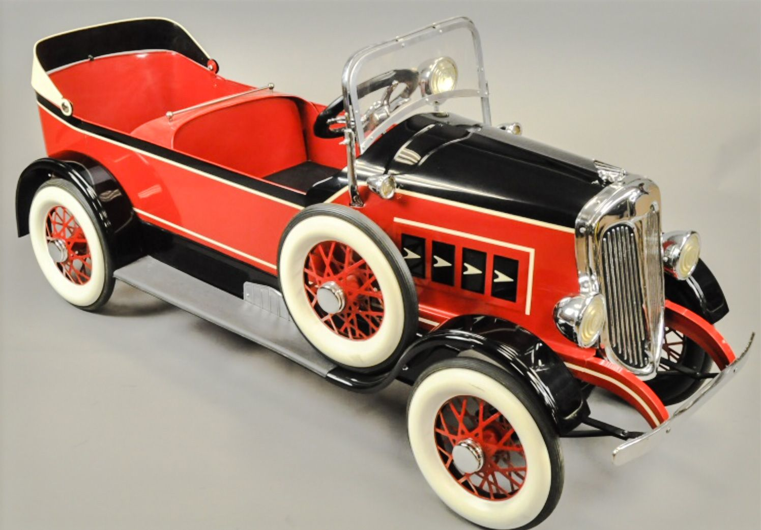 American National Tandem Pedal Car Sold 2 950,00 USD