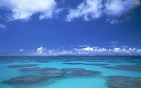 Resultado de imagem para mar azul
