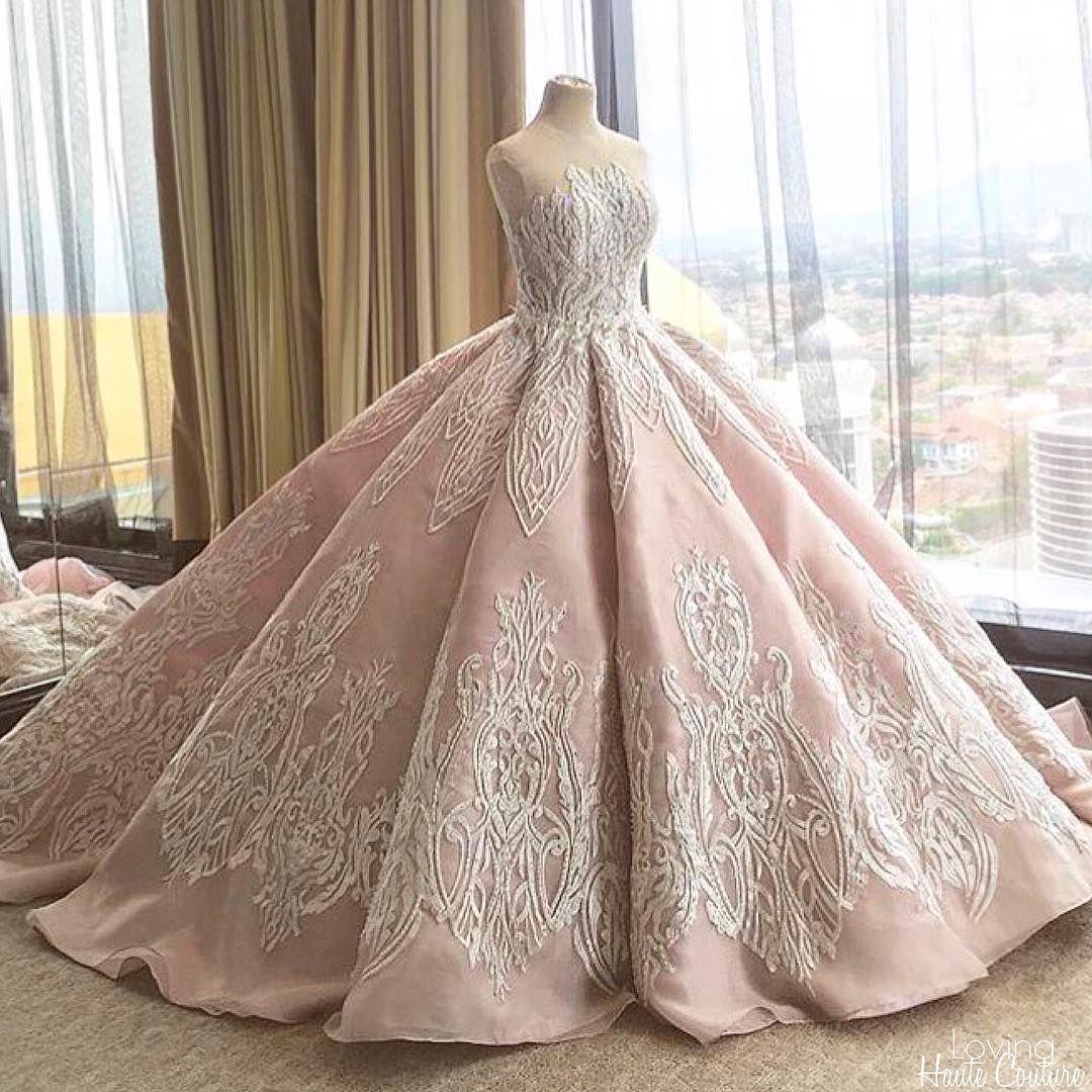 Beautiful Gown by  cindytandiyah
