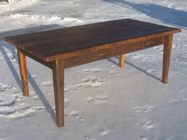 This Solid Red Oak Table Follows The Tapered Leg Hepplewhite Stylings Much Is Heavier Than A Traditional American Harvest