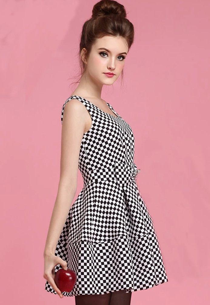 Kleid schwarz weib mit schleife