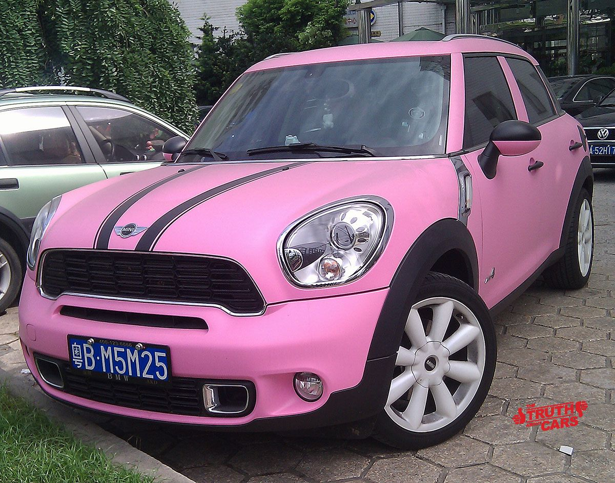 Shoot The Pink Hunt The Calamine Car The Truth About Cars Pink Mini Coopers Mini Cooper Mini Cooper Countryman