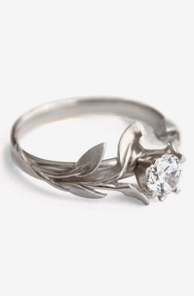 Beautiful Shops Leaves Engagement Ring No 4 18k White Gold And Diamond Antique Wedding Rings Leaf Engagement Ring Wedding Rings Vintage
