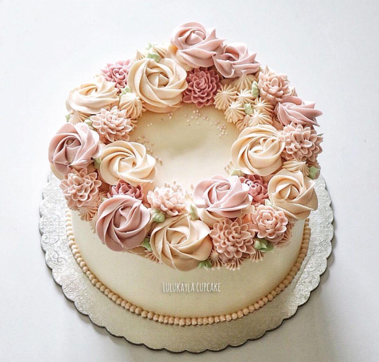 Pin by Lulu Kayla on Buttercream flower cake Birthday
