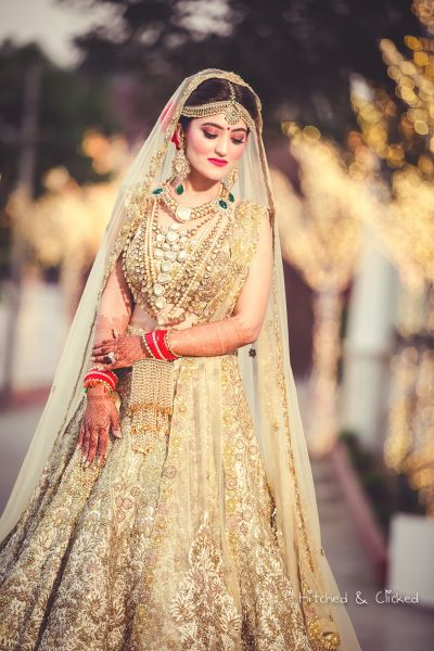 Stunning bride in Gold