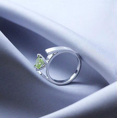 Größe 6-10 War Einmal Ring Der Schnee Weiße Minimalistischen Silber Überzogene Grüne Kristalle Verlobungsring für Frauen