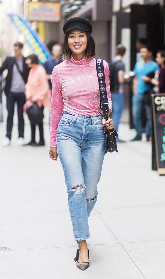 7b35c5a7903 The Unexpected Accessory Every Fashion Girl Wore at Fashion Week ...