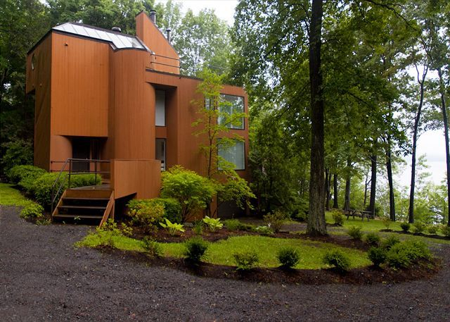 Seneca vineyards seneca lake vacation rentals finger for Seneca lake ny cabins