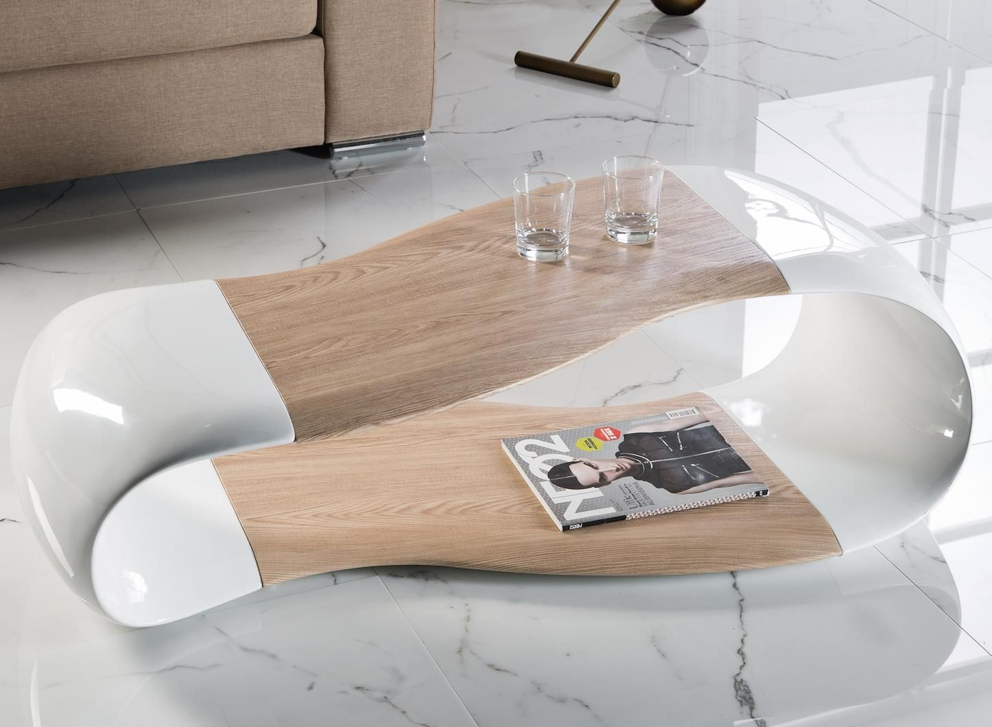 Table Basse Rectangulaire Frene Clair Et Fibre De Verre Kezia Lestendances Fr Mobilier De Salon Table Basse Table Basse Verre Et Bois