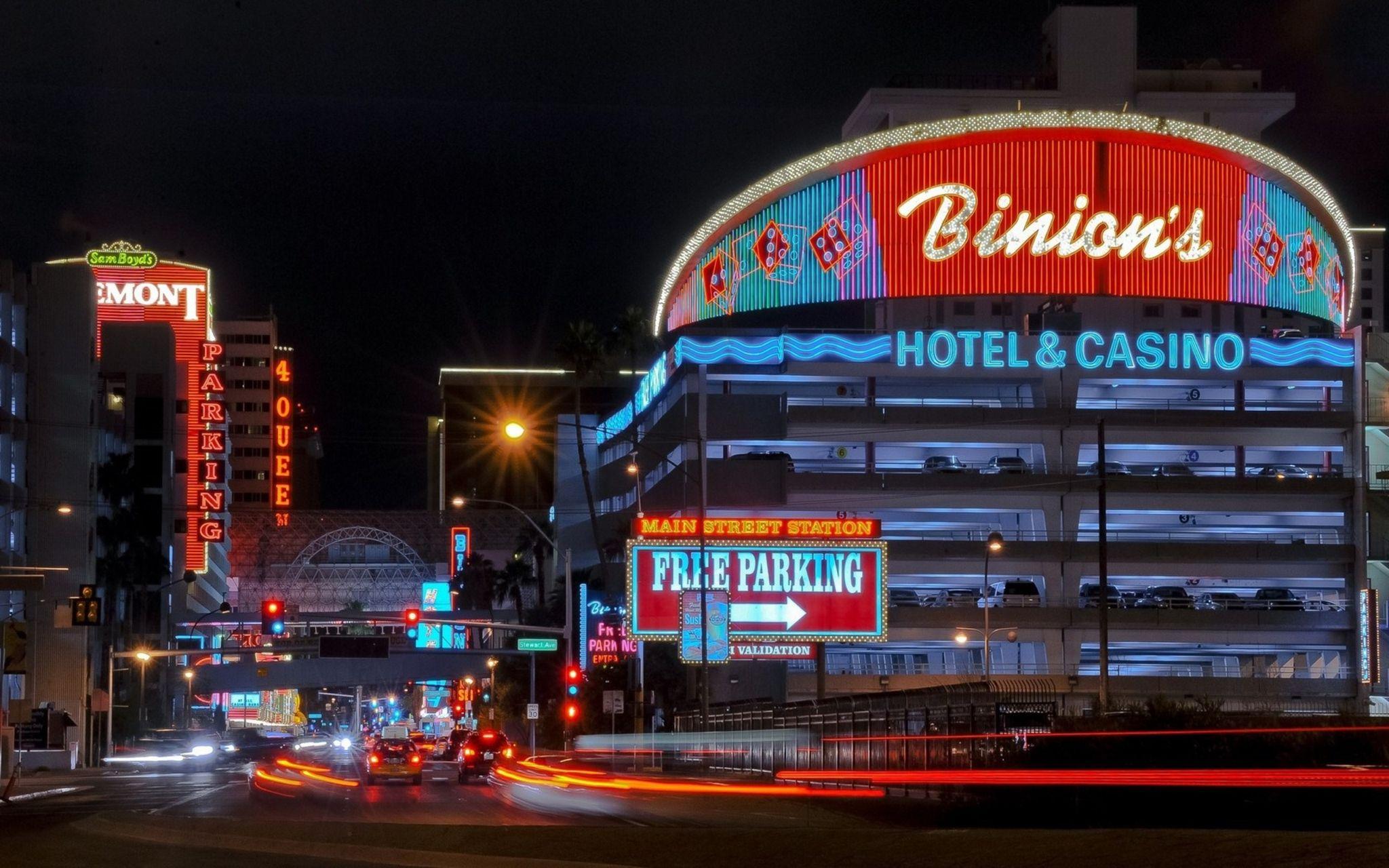 Binions casino parking horseshoe casino hotel cleveland