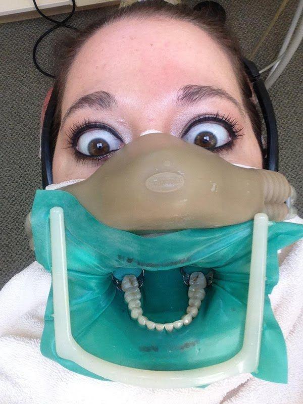 Днем рождения, прикольная картинка у зубного