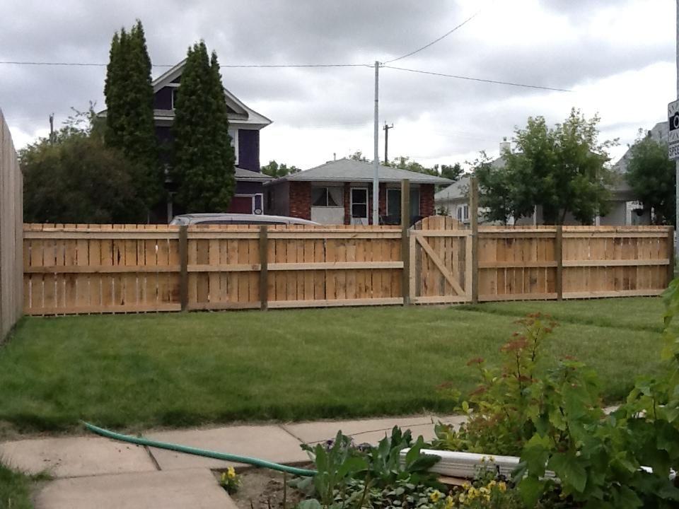 Pallet fence cl ture barri re pinterest brise vue barri re et brise - Barriere brise vue ...