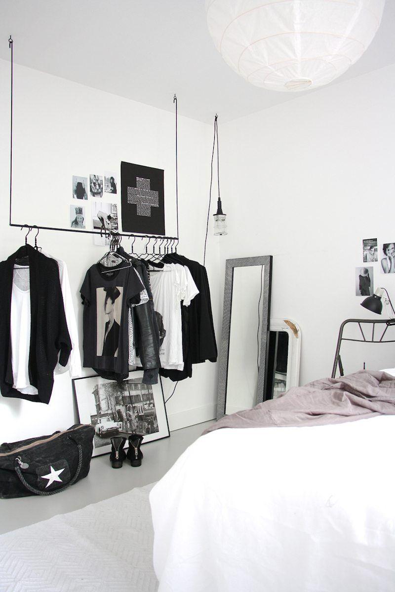 porte v tement penderie et armoire grillag e les rangements petit espace maison. Black Bedroom Furniture Sets. Home Design Ideas