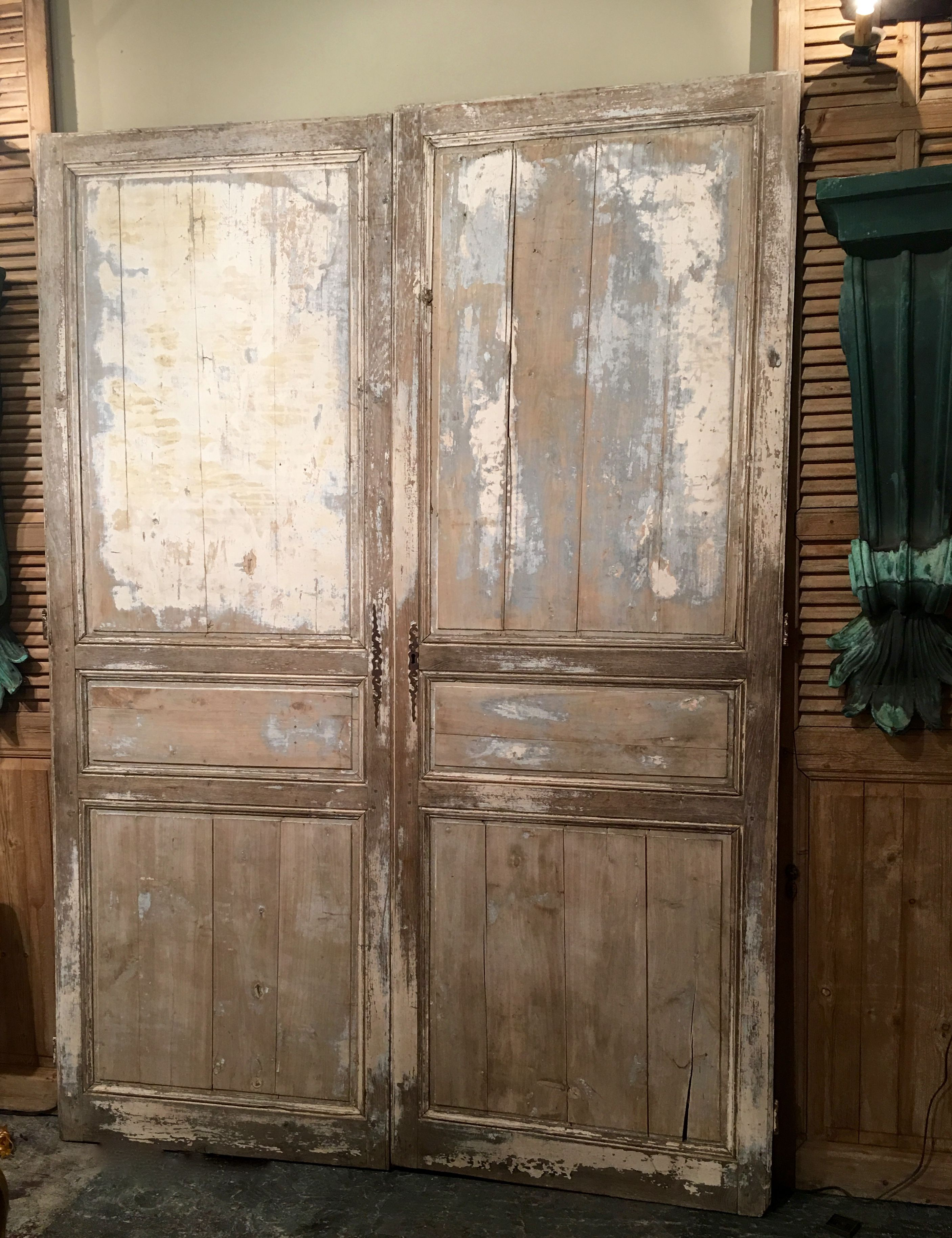 Fabulous Pair Antique French Doors 98 High X 34 Wide Each Clutter Antiques 5015 Lovers Lane Dallas Tx 75209 Architectural Elements Shabby Chic Decor Decor