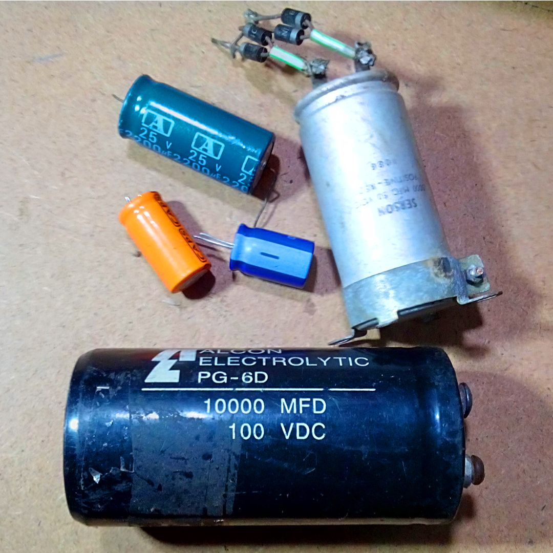 Capacitors Charge And Discharge Power Capacity Subwoofer Amplifier Capacitor Amplifier
