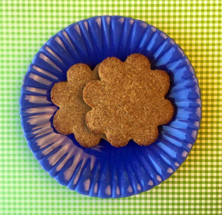 Low Carb Keto Gingerbread Cookies Low carb gingerbread