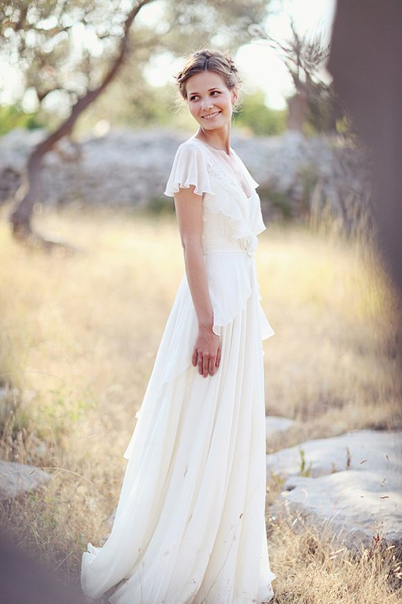 Beautiful V Neck Long A Line Chiffon Outdoor Wedding Dress With Flutter Sleeves And Lace Details 2
