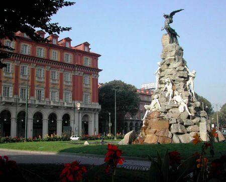 Torino piazza Statuto