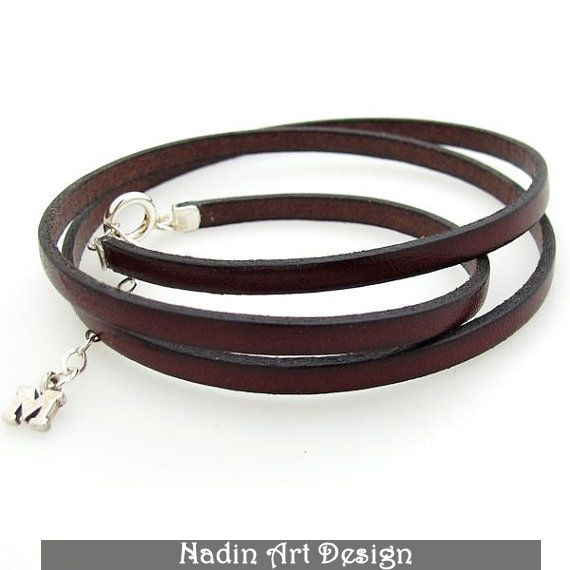 Lederwickelarmband mit Buchstaben-Anhänger von NadinArtDesign auf DaWanda.com