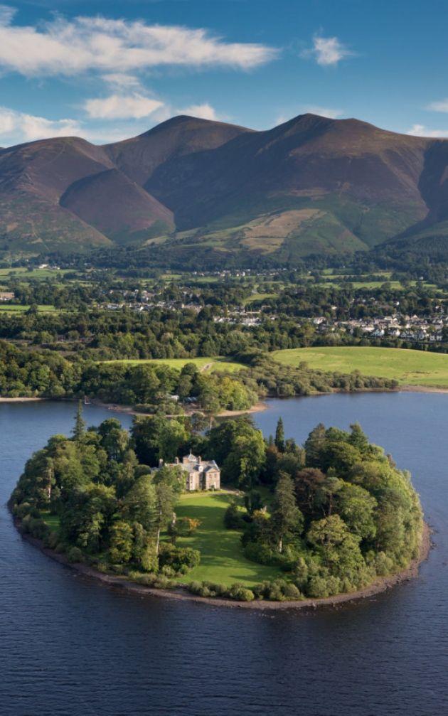English Countryside, Island House, Lake