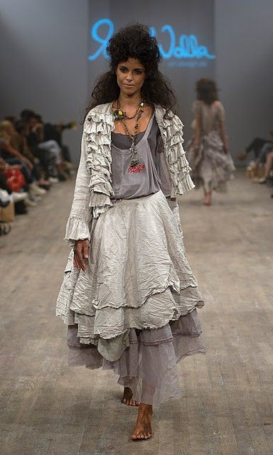 Mdes Ewa I Walla Le Jeu Des Matieres Fashion Romantic Outfit Boho Fashion