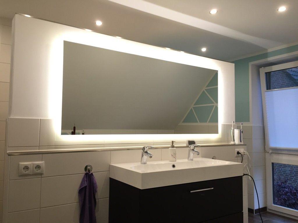 Badspiegel Mit Beleuchtung Komplettiert Unsere Badezimmerplanung Badezimmerspiegel Beleuchtung Badspiegel Badezimmerspiegel