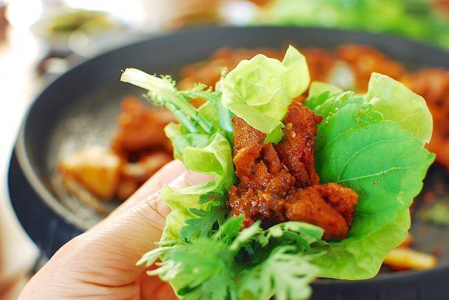 Jeyuk Bokkeum (Spicy Pork BBQ) - Korean Bapsang | Recipe ...