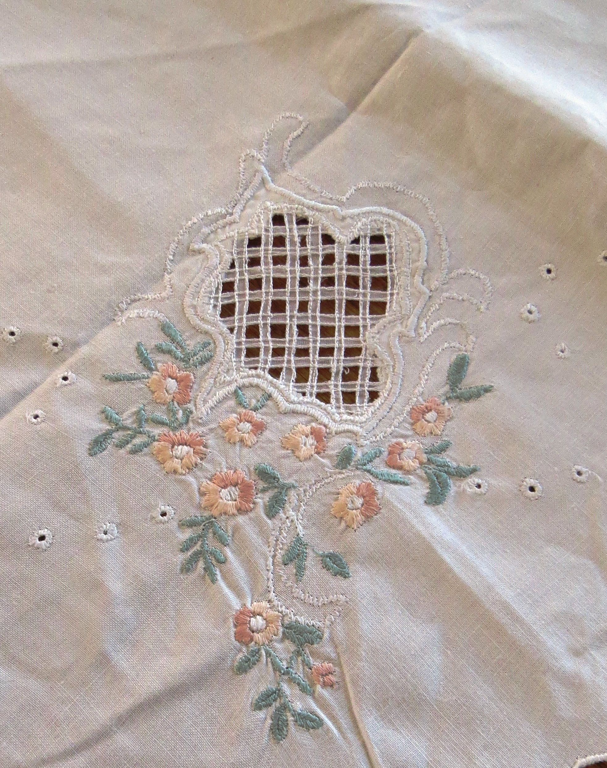 Vintage Linen Hand Embroidered Square Tablecloth Retro Linen Embroidered with cutouts Tablecloth