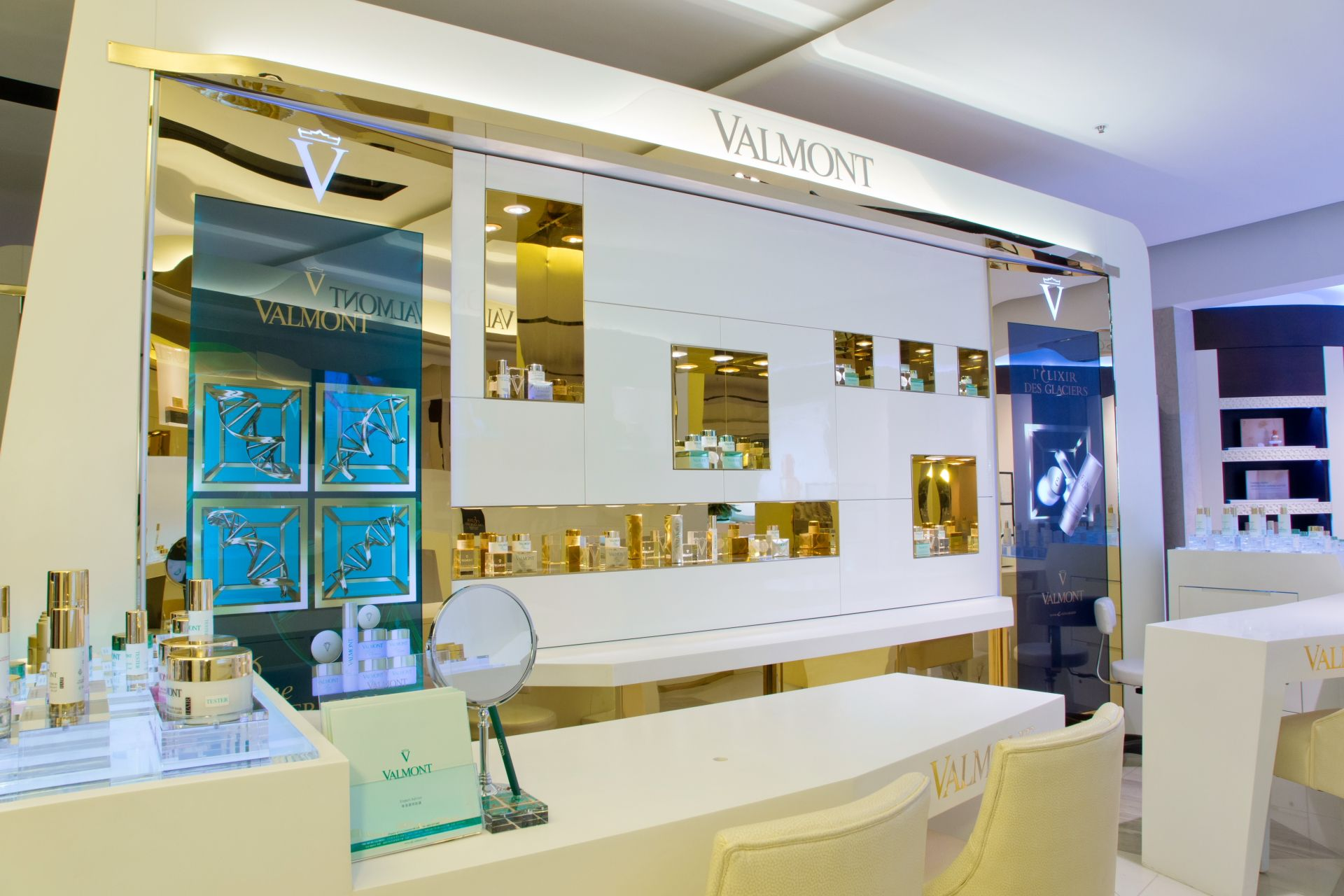 Valmont in Harvey Nichols in Hong Kong