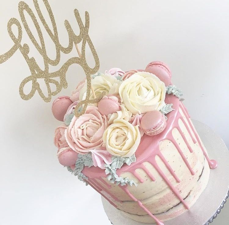 Pin By Sara Caiola On Torta Christening Cake Girls Girl Cakes Birthday Drip Cake
