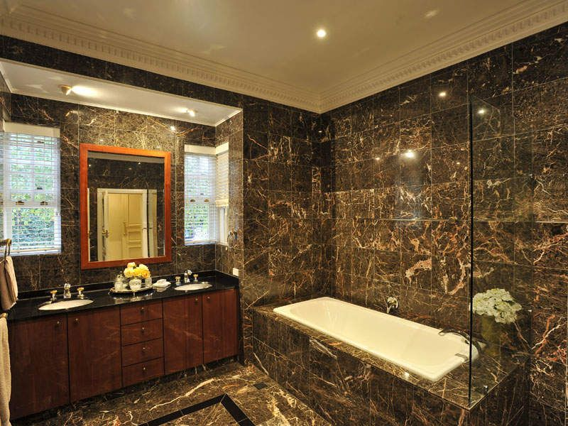 Merveilleux Modern Bathroom Design With Corner Bath Using Granite   Bathroom Photo  452240 #bathroom #ideas