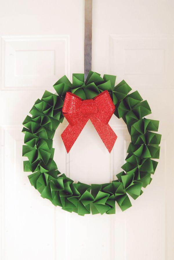 DIY PAPER HOLIDAY WREATH | Christmas/ DIY/ Amigurumi, Food, crafts ...
