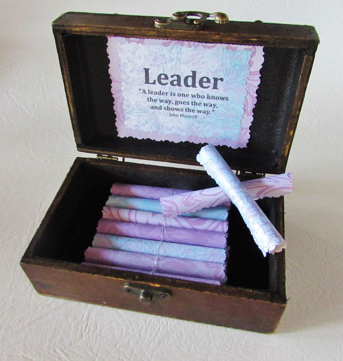 Boss gift woman boss gift leadership quotes in wood box