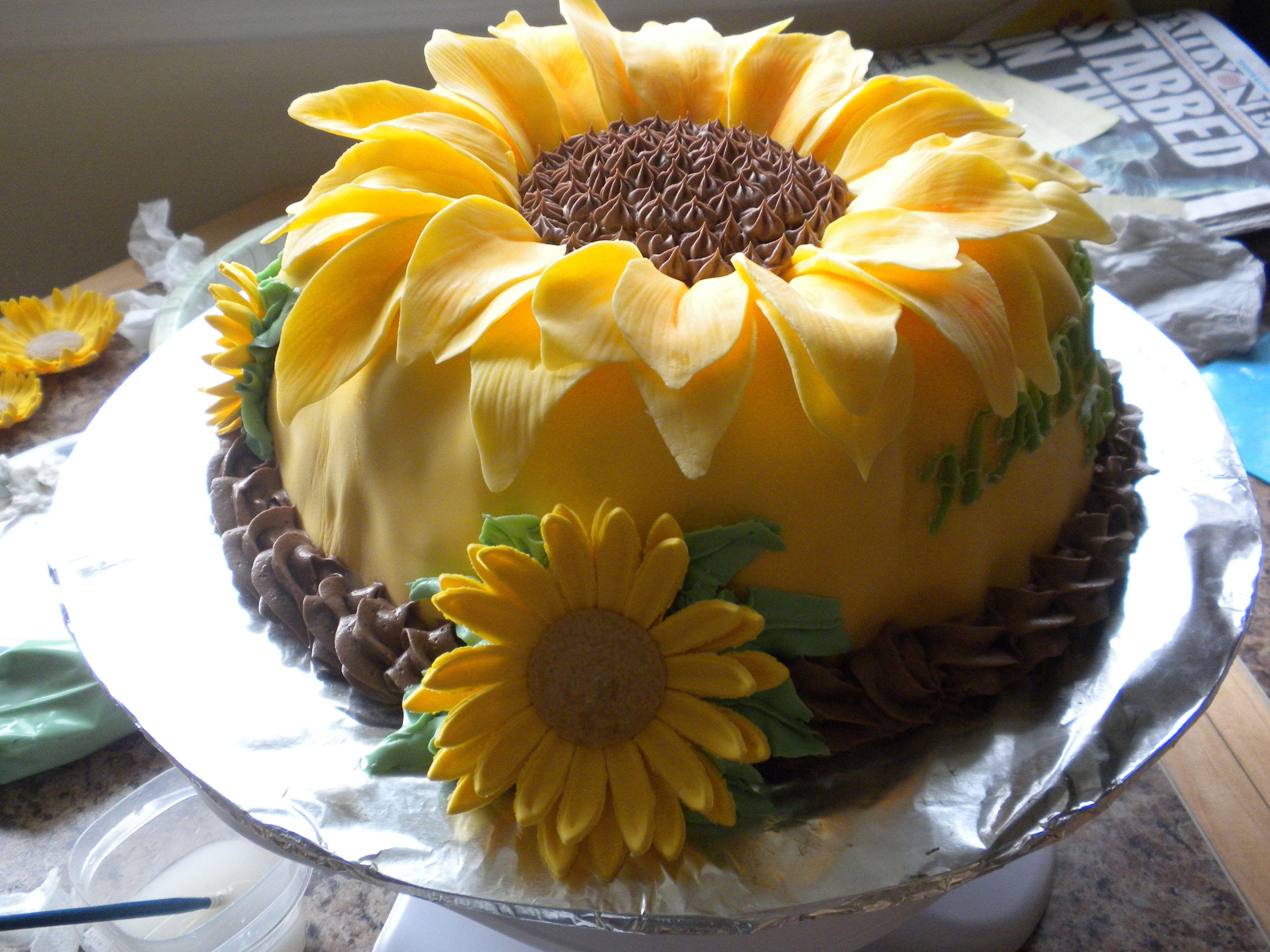 Sunflower Shaped Birthday Cake