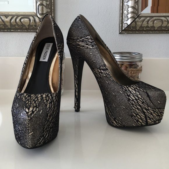 ca2ea5a3d02 Steve Madden Deja Vu Pump Woah. 6 inch heel with two inch platform. Gold  glitter with black torn lace. HAF. Virtually perfect - never worn out.